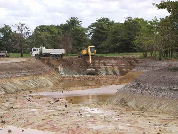 Floodplain lagoon under construction